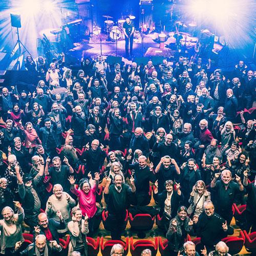 En Fest For Førligheden (og en stor, fælles, festlig, musikalsk F***-finger til sygdommen sclerose)